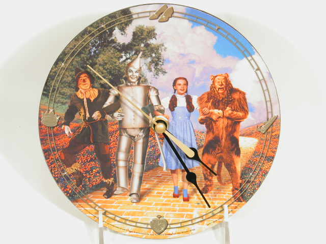"Picture of Wizard of Oz 7"" Decoupage Wall Clock with 4 Characters"